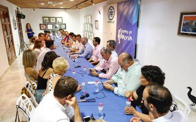 Amat refuerza el PP de Almería con dos nuevas vicesecretarías