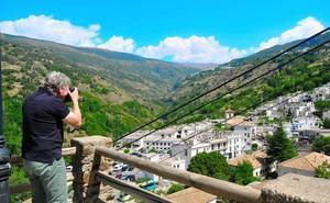 Hoteleros del interior de la provincia de Granada ven «flojo» el cierre de agosto
