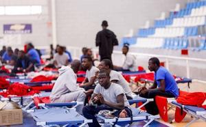 El Gobierno trabaja en una «alternativa» para acoger inmigrantes en Motril ante la falta de espacio en el CATE