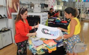 La tienda de Cáritas se afianza entre las grandes de la moda de la capital