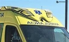 Muere un trabajador de 56 años tras volcar su tractor en un club deportivo de Huércal de Almería