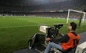 ¿Dónde puedes ver el fútbol en televisión esta temporada?
