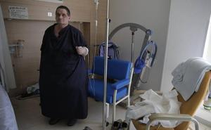 El paciente que pesaba 300 kilos pierde 100 en cinco meses y ya puede ser operado