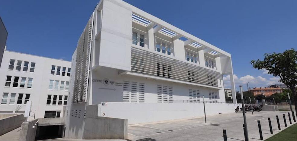 La UGR cede al Ayuntamiento el antiguo edifico del IMFE