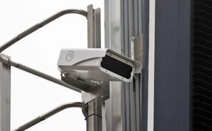 La Guardia Civil advierte de cámaras que detectan coches sin la ITV en vigor
