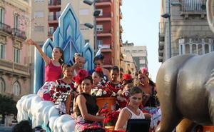 Color, diversión, claveles y tradición