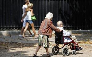 Almería tiene tres trabajadores cotizando por cada pensionista