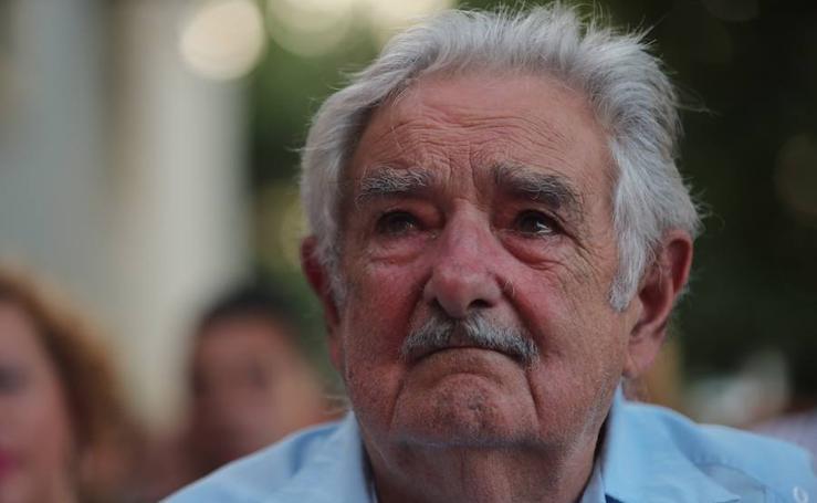 José Mujica recoge el 'Laurel de Plata' en Granada