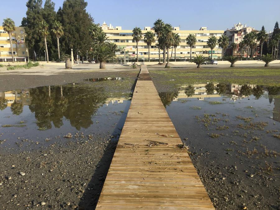 El temporal provoca una vez más la 'desaparición' de la playa de Poniente