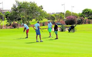 Récord de participación en el Torneo de Golf de Feria celebrado en El Toyo