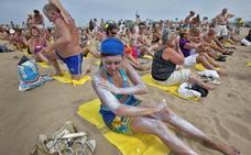 Así contaminamos nuestras playas al aplicarnos crema solar
