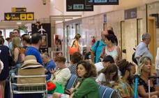 Podemos exige medidas ante las reiteradas cancelaciones de vuelos en Granada