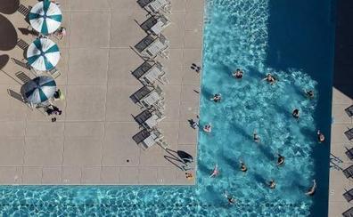 Cierran una piscina por la aparición reiterada de excrementos en Tenerife