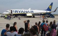 Facua critica a Ryanair por «intentar sufragar el coste de la huelga» cobrando por el equipaje de mano
