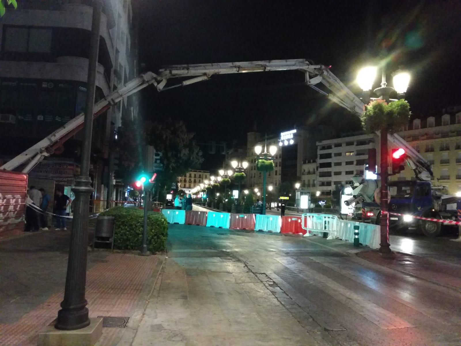 Obras de madrugada tras el desprendimiento en la obra del hotel Montecarlo