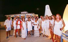 Playa Granada vive una noche  en blanco  1b75e2edfd