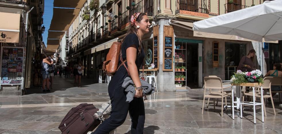 Los apartamentos turísticos ya superan a los hoteles