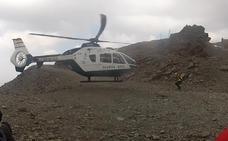 Rescatan a tres personas accidentadas en la Sierra