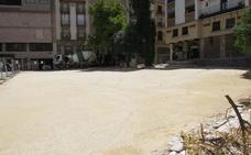 Ecologistas en Acción denuncia a Cultura daños a la plaza Deán Mazas