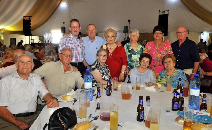 Los mayores viven la feria