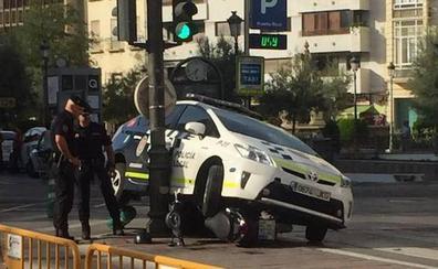 Una persecución en el centro de Granada acaba con dos heridos