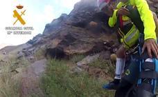 La Guardia Civil rescata a 21 personas en montaña, una sin vida, durante el mes de agosto en Granada