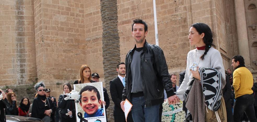 Los padres de Gabriel Cruz piden explicaciones a 'Andy y Lucas' por usar una imagen de su hijo