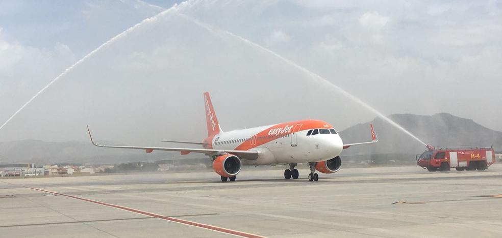 Granada estrena su nueva conexión aérea directa con Berlín