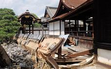 Mueren once personas y más de 300 resultan heridas a causa del paso del tifón 'Jebi' por Japón