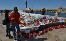 Los padres de Gabriel trasladan el viernes los objetos de su hijo de 'La Ballena' a Las Almadrabillas