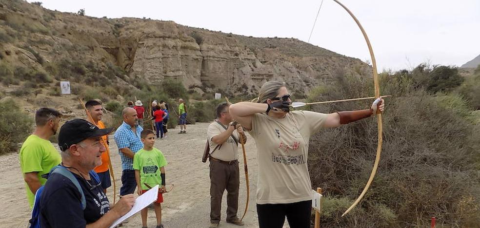 Rioja une tiro con arco y Prehistoria