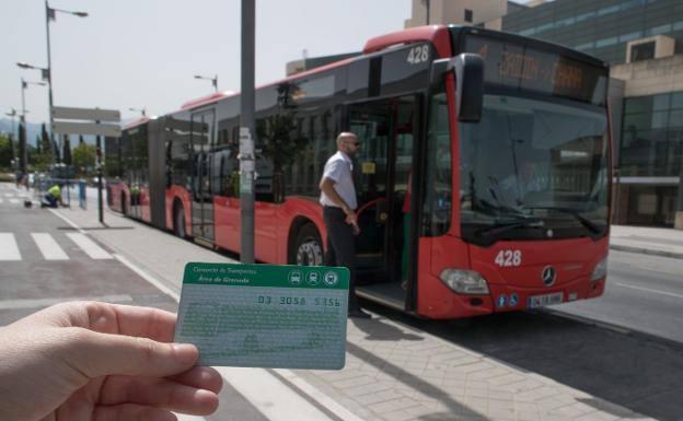 Las líneas universitarias de autobús vuelven a funcionar en Granada ...