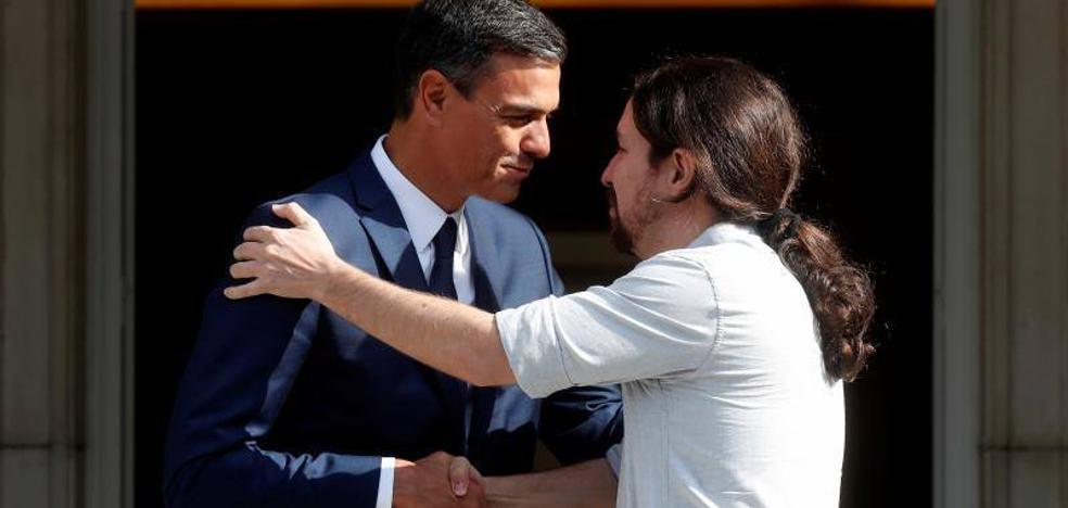Iglesias anuncia que avanza con Sánchez hacia un acuerdo «global» de Presupuestos