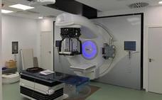 Comienzan las pruebas con el nuevo acelerador lineal instalado en el Complejo Hospitalario de Jaén