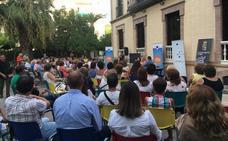 Vecinos de Martos participan en una iniciativa para «hablar de Europa»