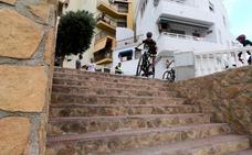 Más de medio centenar de ciclistas completan en Castell de Ferro la penúltima prueba del Circuito BTT