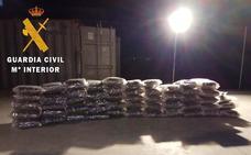 Cuatro detenidos en Almería por traficar con droga camuflada en camiones con productos hortofrutícolas
