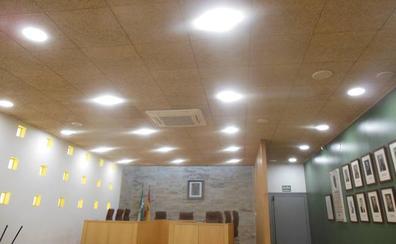 El Plan de Eficiencia Energética de la Diputación instala 1.100 lámparas LED en diez municipios de Almería