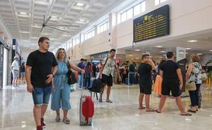 El aeropuerto de Granada-Jaén cerró agosto con un 31% más de pasajeros