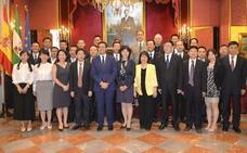 Mandatarios de cinco ciudades chinas se citan en Granada para impulsar proyectos científicos y tecnológicos