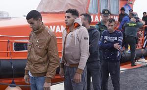Aumentan a 30 los inmigrantes rescatados en la costa de Granada