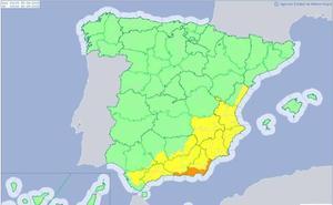 Almería, en alerta naranja por lluvias y tormentas
