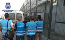 Detenidos tres pateristas por introducir en Almería a 14 inmigrantes ilegales