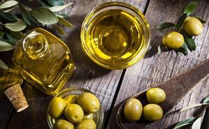 Los sorprendentes beneficios de las grasas del aceite de oliva frente a otras grasas