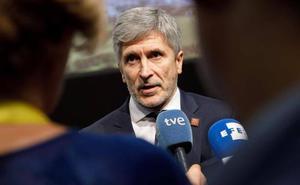 Marlaska apuesta en Europa por promover vías de migración legales