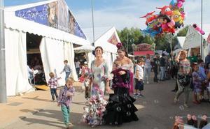Veinte módulos casetas siguen sin ocupar a un mes de la Feria, que incorporará el día 12