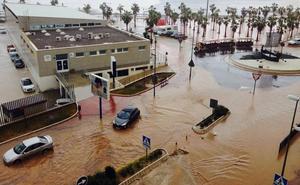 ¿Qué se debes hacer ante una riada si viajas en coche?