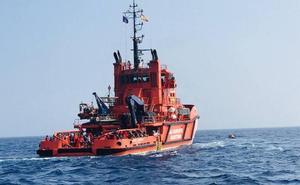 Rescatan a 24 inmigrantes en Motril que se encontraban a la deriva por la fuerte lluvia
