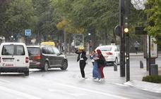Un 'diluvio' de un par de minutos sobre el centro de Granada
