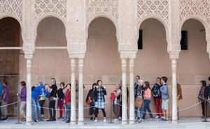 Las agencias de viaje de Málaga también protestan por las entradas de la Alhambra